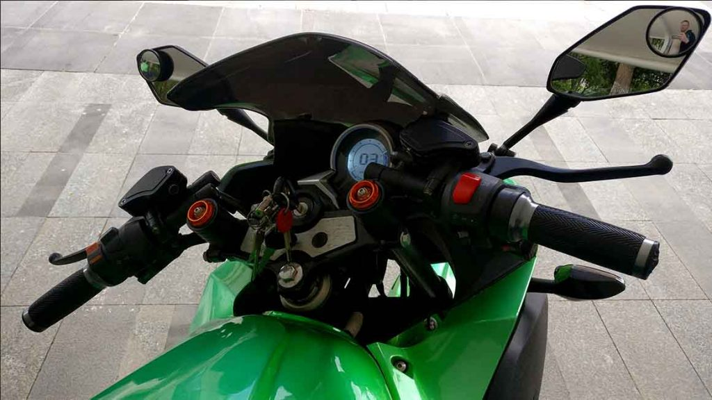 electric-motorcycle-drivers-view-1024x576 What is an Electric Motorcycle Like? My Own Personal Experience.