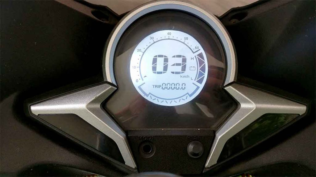 electric-motorcycle-odometer-speedometer-cluster-1024x576 What is an Electric Motorcycle Like? My Own Personal Experience.